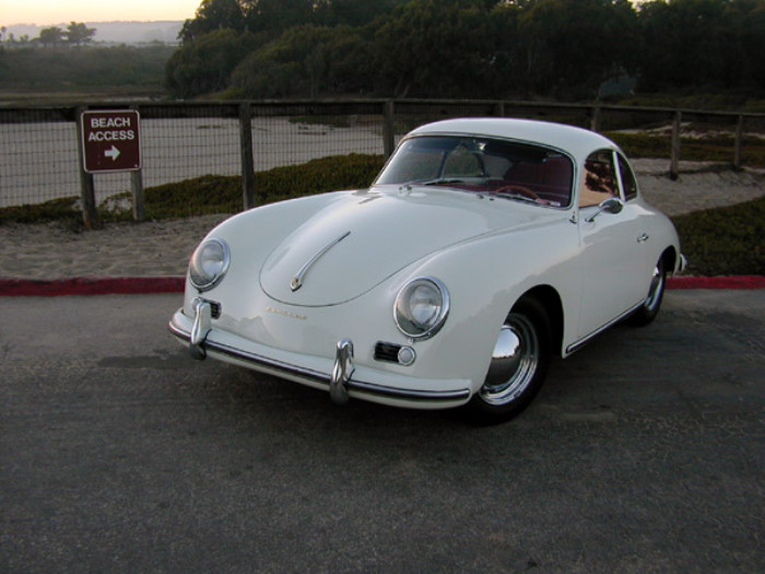 Universal Products 356 Coupe 3